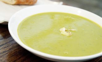 Žalioji daržovių sriuba