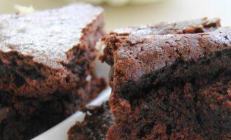 Karčiai saldus brownie pyragas