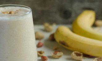 Bananų ir obuolių glotnutis