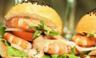 Burgeris su krevetėmis ir Aioli padažu