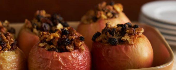 Užkepti obuoliai su cinamonu