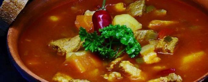 Sveikuoliška kalakutienos ir daržovių sriuba