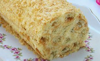"""Tinginių tortas """"Napoleonas"""" iš sluoksniuotos tešlos"""