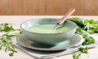 Šalta sriuba iš avokadų ir gražgarščių